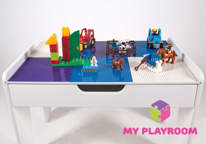 Стол Lego.