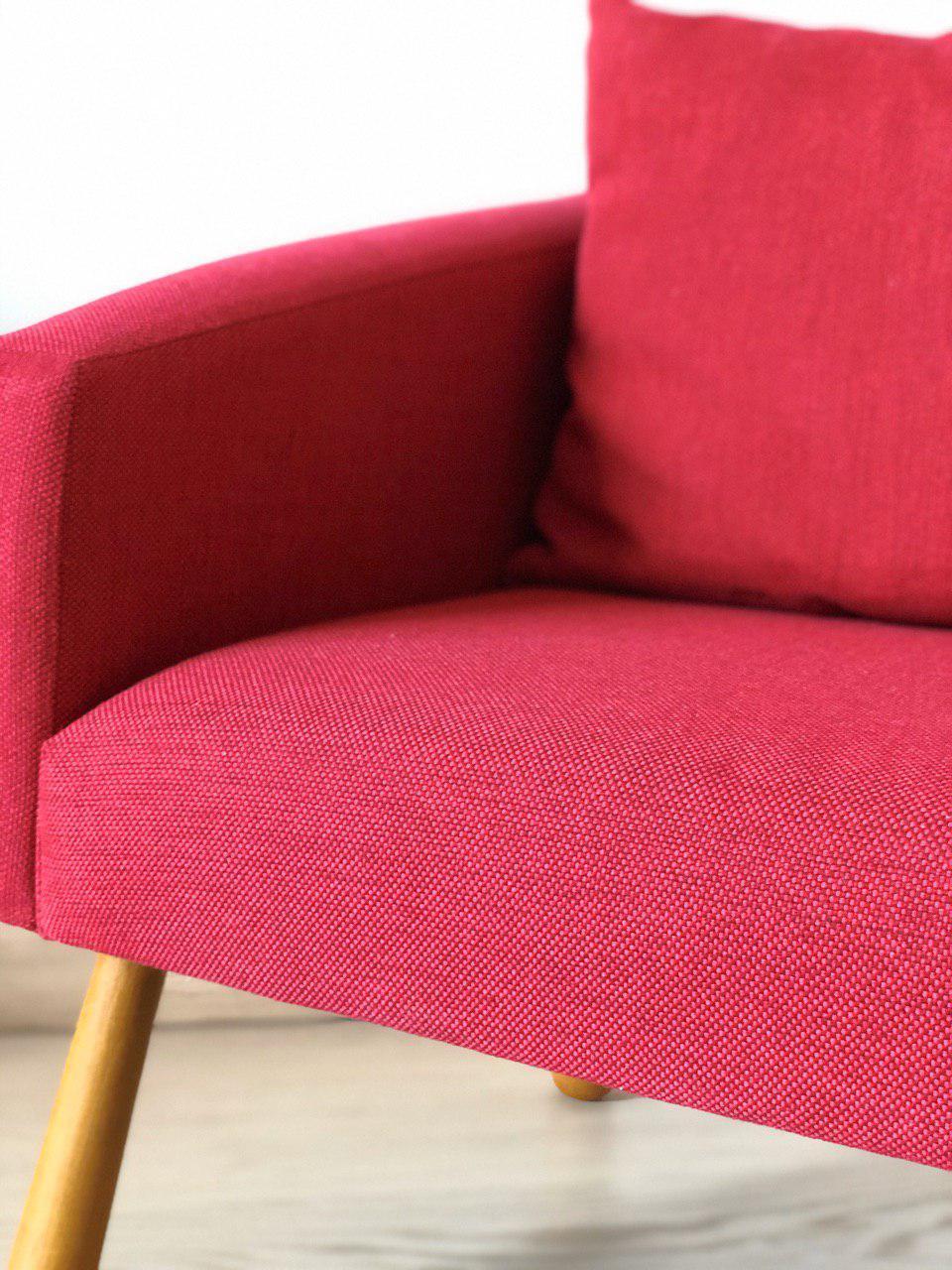 детское красивое кресло: детали