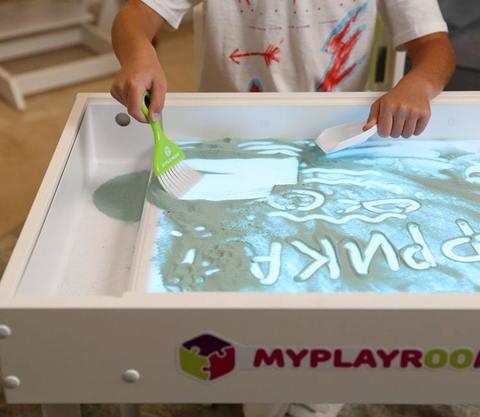 Световая песочница MYPLAYROOM™ с короткой столешницей 14