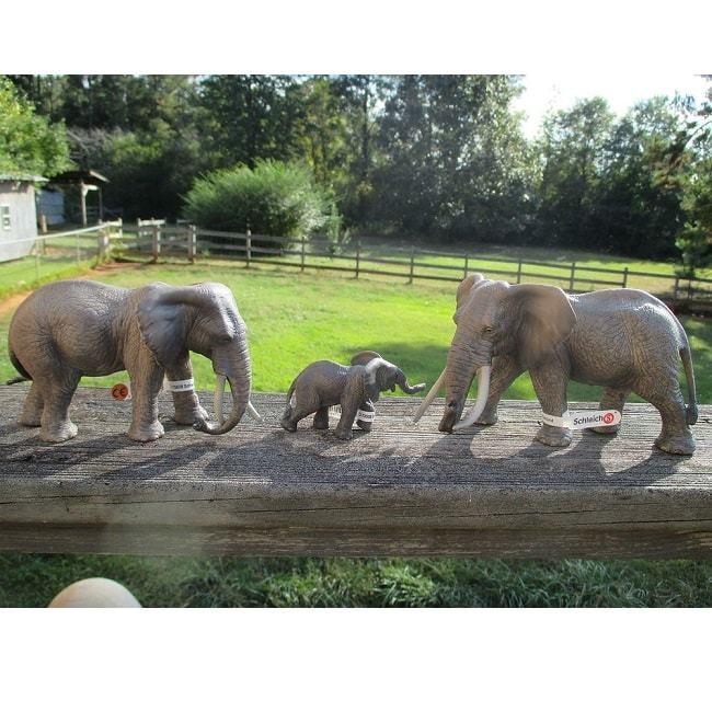 Фигурка «Африканский слон, самка»