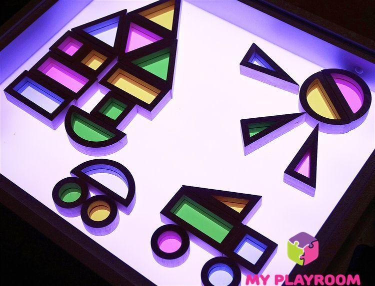Деревянный конструктор радужные блоки с цветными безопасными стёклышками в фигурных рамах на световом столе