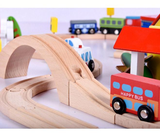 Деревянная железная дорога, 69 деталей