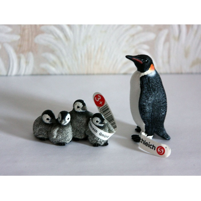Фигурка Императорского пингвина