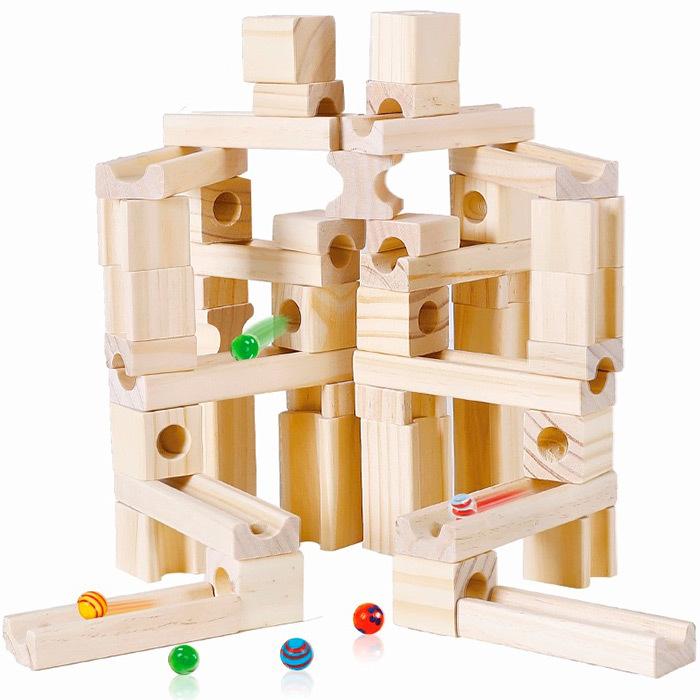 Большой деревянный динамический конструктор