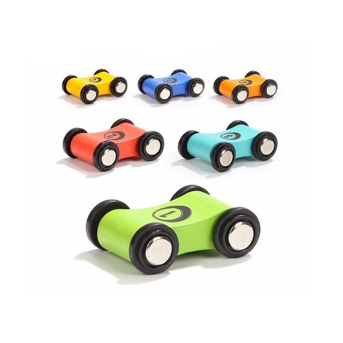 6 гоночных автомобилей