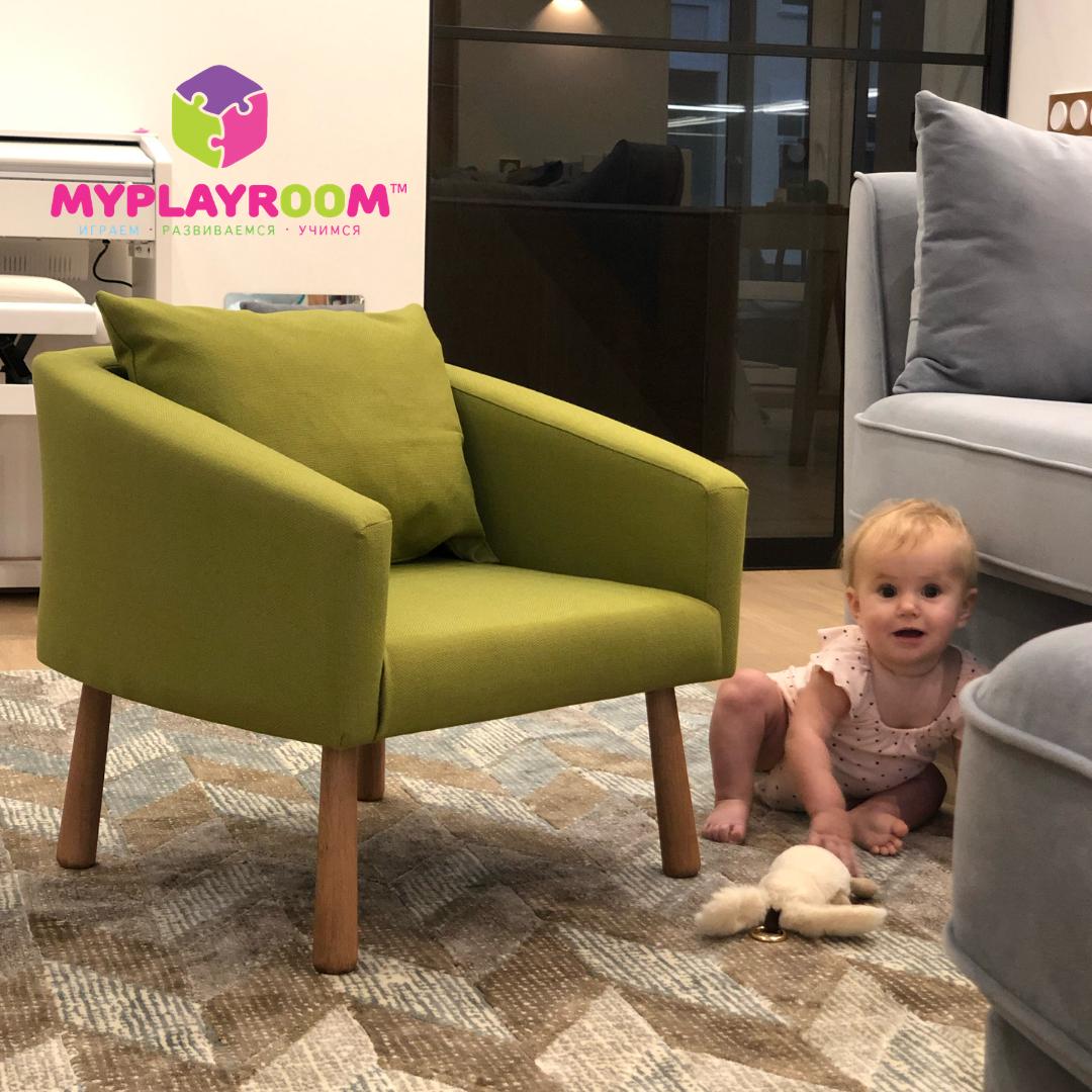 Мягкое кресло в детскую комнату, оливковое