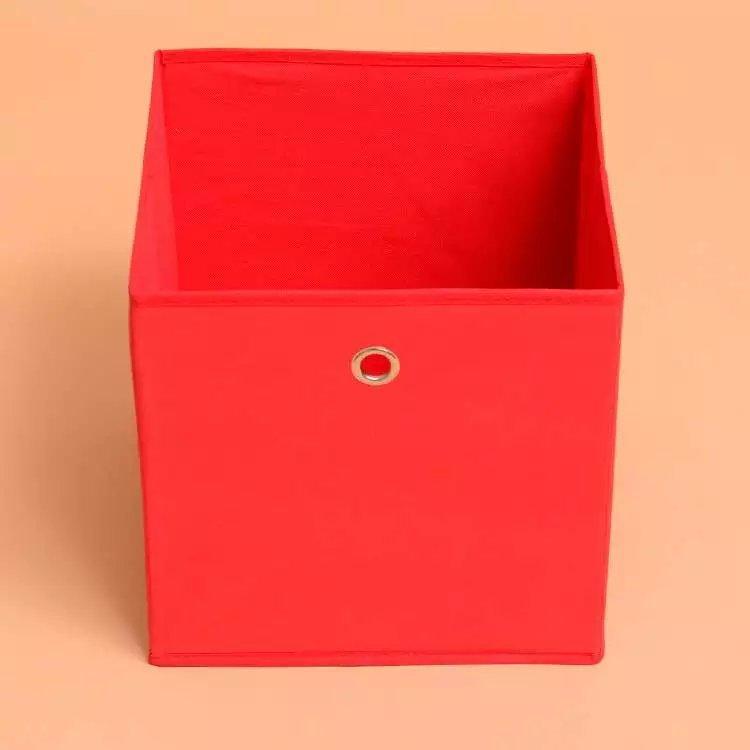 Ящик для игрушек красный для красивой детской