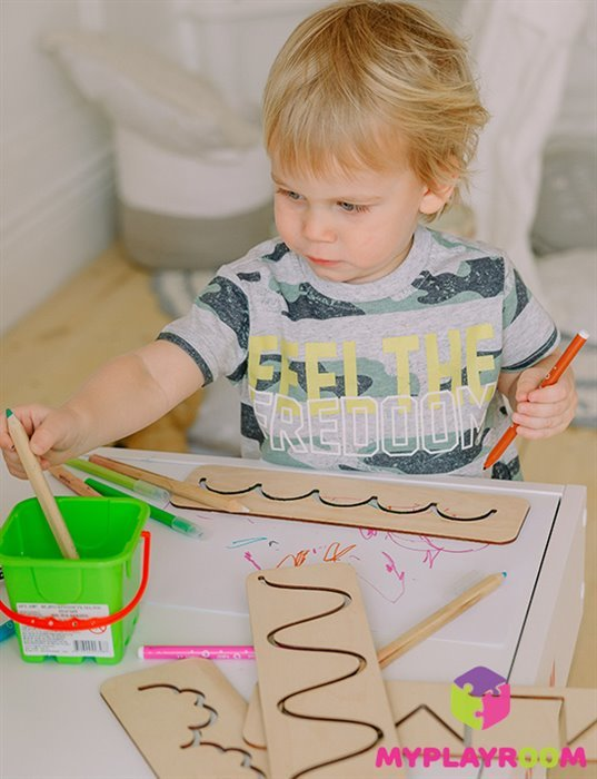 Рисующий ребенок