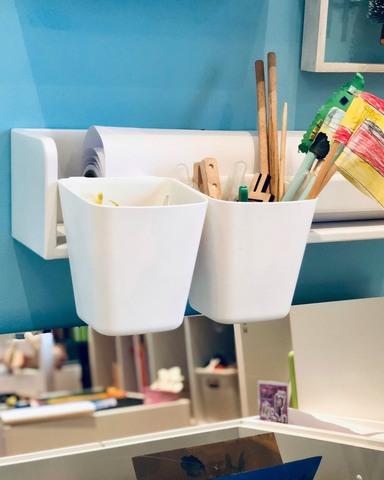 Карандашница навесная для полочки, стола-песочницы и растущего стульчика, белая 3