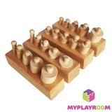 Блоки с цилиндрами для малышей (материал Монтессори) 1