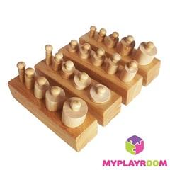 Блоки с цилиндрами для малышей (материал Монтессори)